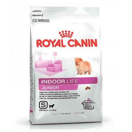 Royal Canin INDOOR LIFE JUNIOR сухой корм для щенков собак мелких размеров в возрасте до 10 мес., живущих в помещении.